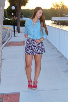 New Look on BisousBrittany.com~ Floral & Chambray #chambray #fashion #Miami #fashionblogger