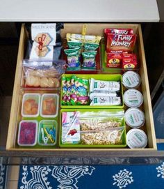Snack drawer organization tips- green bins mean help yourself, red means ask an adult