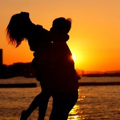 Love Couple Images Hd, Love Couple Photo, Cute Love Couple, Cute Couple Videos, Cute Couple Pictures, Cute Love Songs, Beautiful Scenery Pictures, Beautiful Nature Scenes, Love Photos