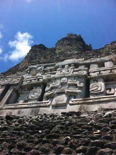 El Castillo.  Xunantunich, Belize.