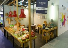 Parcours Fil Vert: A jury a journalist from Journal des Femmes.com, Home Magazine, et Maison à Part.com bring to light their ecologically responsible at the fair MAISON&OBJET PARIS September 2016.   The terrines Charbatree are made out of cast iron, treated with an alimentary oil without chimical products.  ©GovinSorel