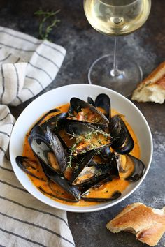 This Mediterranean inspired seafood dish has a lot going for it, both mussels and chorizo are cheap, and mussels are quick to cook. The chorizo and mussels create a briny, savory broth that just begs to be soaked up with bread. Chorizo Recipes, Shellfish Recipes, Seafood Recipes, Cooking Recipes, Seafood Dinner, Fish And Seafood, Saffron Recipes, Steamed Mussels, Mussels Seafood