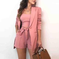 Pink Outfits, Retro Outfits, Pink Dresses, Casual Outfits, Blazer E Short, Blazers, Bow Shorts, Knee Length Shorts, Three Piece Suit