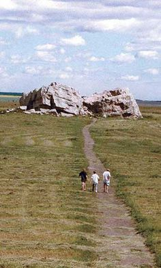 """""""The Big Rock"""" is an enormous glacial erratic – a rock transported far from its place of origin by glacial ice. The Okotoks Erratic is the l. Glaciers Melting, Western Canada, Enjoy The Sunshine, Local Attractions, Alberta Canada, Historical Sites, Small Towns, Black Diamond, Day Trips"""