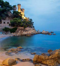 Place: Lloret de Mar, #Girona / #Catalonia, #Spain. Photo by Xavier Forés (National Geograpic)