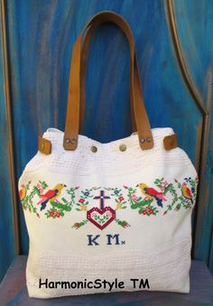 51-V. Upcycled antique linen bag/flax linen birdy bag/hand embroidered bag/Hungarian embroidery/linen bag/canvas bag/vintage linen bag Upcycled Vintage, Vintage Cotton, Vintage Linen, Linen Towels, Linen Bag, Embroidery Bags, Vintage Embroidery, Interfacing Fabric, Hungarian Embroidery