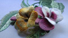 вышивка цветов объемной гладью.