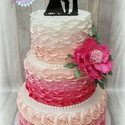 Pink weddingcake with ruffles by Sam & Nel's Taarten Camo Wedding Cakes, Fondant Wedding Cakes, Fondant Cakes, Cupcake Cakes, Cupcakes, Ruffle Cake, Ruffles, Shoe Cakes, Purse Cakes