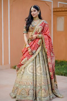 Party Wear Indian Dresses, Indian Bridal Outfits, Indian Bridal Fashion, Dress Indian Style, Indian Fashion Dresses, Indian Designer Outfits, Indian Wedding Dresses, Indian Weddings, Indian Bridal Lehenga