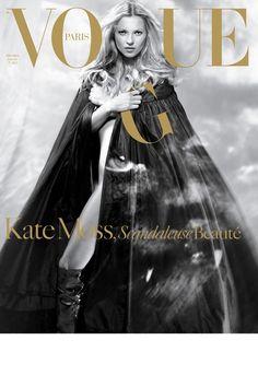 Vogue Paris décembre 2004 / janvier 2005: http://www.vogue.fr/mode/cover-girls/diaporama/kate-moss-en-18-couvertures-de-vogue-paris/4608/image/454817#vogue-paris-decembre-2004-janvier-2005
