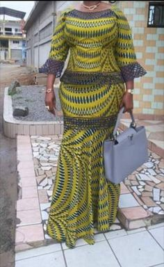 Beautiful Ankara Skirt and Blouse 2018 African Fashion Ankara, Latest African Fashion Dresses, African Dresses For Women, African Print Fashion, African Attire, African Print Dress Designs, African Print Dresses, Ankara Long Gown Styles, Ankara Skirt And Blouse
