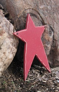 LARGE HANGING STAR for Americana July 4th wall and by lisabees, $12.95