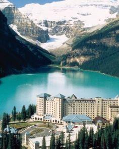 Fairmont Chateau Lake Louise (Lake Louise, Canada) - #Jetsetter