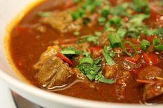 RECIPE: Chef Brian's tri-tip chili: http://thefatdudediet.com/2011/11/23/chef-brians-world-famous-lol-tri-tip-chili/