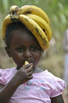 A girl displaced by war sits in the Makpandu refugee camp in Southern Sudan, . Precious Children, Beautiful Children, Beautiful Babies, Beautiful World, Beautiful People, Beautiful Pictures, Kids Around The World, People Around The World, Cute Kids