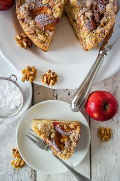Apfel-Walnuss-Crumble-Kuchen von http://siasoulfood.blogspot.de