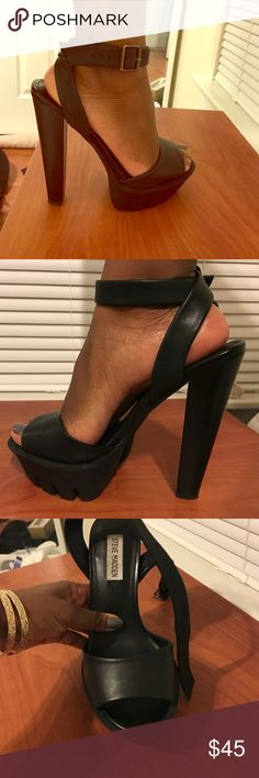 Steve Madden platform heels  Black leather platform heels! Super comfortable and easy to walk in. Only slightly worn! Enjoy ! Steve Madden Shoes Heels