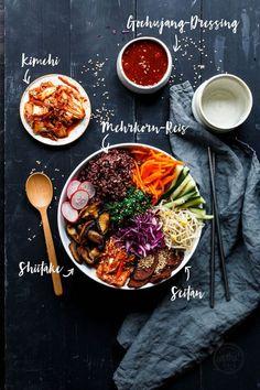 Good Life Bibimbap-Bowl · Eat this! Bibimbap Bowl, Korean Bibimbap, Asian Bowls, Superfood, Asian Recipes, Healthy Recipes, Eat This, Grilled Veggies, Gastronomia
