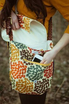 Messenger bag tutorial - nice photos of how to make pocket. WANT! LOVE the fabric