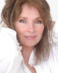Jennifer O`Neill - celebrity, beauty Jennifer O'neill, Celebrity Faces, Celebrity Beauty, Beautiful People, Beautiful Women, Ageless Beauty, Beauty Inside, Celebs, Celebrities