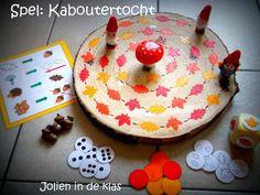 * Spel 1 ( kleuren): gooi met de kleurendobbelsteen en ga naar het volgend blaadje in dat kleur. Spel 2 (soort blad in kleur): gooi met de dobbelsteen en ga naar het eerstvolgend zelfde blaadje in dezelfde kleur. Spel 3: ( aantal soort blaadjes): gooi met de dobbelsteen en ga het aantal soort blaadjes vooruit ( bv: 2 eikenblaadjes). Spel 4: ( getalbeelden): gooi met de dobbelsteen en zet het aantal stappen vooruit.