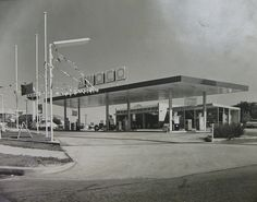 An Australian Amoco service station in the 1970's, Brisbane Qld by davemail66, via Flickr