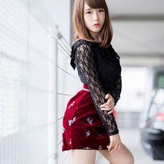 Cute Asian Girls, Beautiful Asian Girls, Sweet Girls, Hot Japanese Girls, Girls In Mini Skirts, Hot Outfits, Kawaii Girl, Hottest Models, Asian Beauty