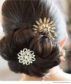 Hairstyles for Sarees Indian Bridal Hairstyle