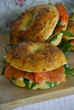 La Cucina di Stagione: Bagel al salmone affumicato, cream cheese e rucola