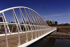 Mimico Creek Pedestrian Bridge / Toronto (Gallery) - Santiago Calatrava – Architects & Engineers