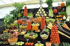 Retail Design | Produce Display | Store Design | visual merchandising | Supermarket in Holland