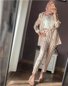 What to wear for work with hijab Just Trendy Girls Modest Dresses, Modest Outfits, Classy Outfits, Modest Clothing, Hijab Trends, Outfit Trends, Muslim Fashion, Modest Fashion, Fashion Outfits