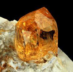 The November Sisters: Citrine & Topaz Minerals And Gemstones, Rocks And Minerals, Natural Gemstones, Cool Rocks, Beautiful Rocks, Crystal Magic, Mineral Stone, Rocks And Gems, Stones And Crystals