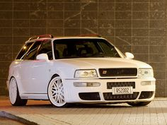 Audi RS2 Avant. You want to analyze your site? This is the place and it's FREE- www.seoanalyzehub.com - http://goo.gl/zwxSr7