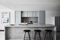 Be inspired by the luxury touches in this Melbourne apartment by Studio Tate Design Studio, Küchen Design, Interior Design, Interior Architecture, Modern Interior, Design Ideas, House Design, Home Decor Kitchen, Kitchen Interior