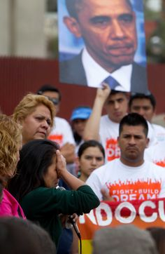 Phoenix rally for immigrant deportations draws 300 (AP-SFGate)