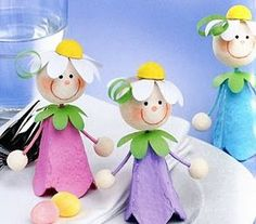 Pia Pedevilla crafts for seniors Bunny Crafts, Doll Crafts, Easter Crafts, Easter Art, Recycled Crafts Kids, Diy And Crafts, Crafts For Kids, Egg Box Craft, Diy Y Manualidades