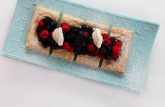 Cream cheese mixed berry tart with icing sugar Berry Tart, Cheese Tarts, Dinners, Meals, Cream Cheese Filling, Mixed Berries, Chefs, Cravings, Icing