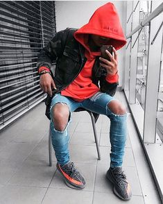 Jacket - Maniere de Voir Hoodie - Only The Blind Jeans - Only The Blind Shoes - Yeezy Boost 350 V2 | IG @3lind3y3