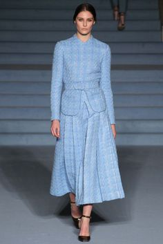 Emilia Wickstead Fall 2015 Ready-to-Wear - Collection, Look 18. Another great suit in a lovely springy color--for fall/winter.