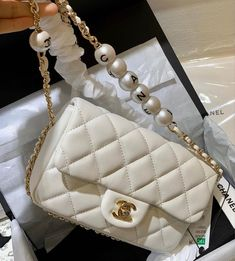 Dior Handbags, Purses And Handbags, Handbags Online Shopping, Latest Bags, Chanel Purse, Replica Handbags, Fashion Bags, Emo Fashion, Luxury Bags