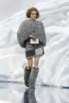 hôtel de mode: Warm & Fuzzy at Chanel & D
