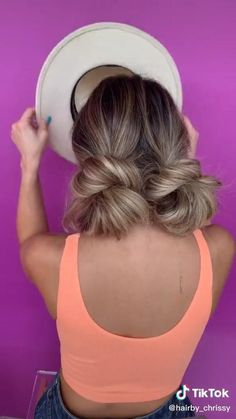 Bun Hairstyles, Boho Hairstyles For Long Hair, Double Buns, Medium Hair Styles, Curly Hair Styles, Easy Curls, Hair Upstyles, Modelos Fashion, Long Hair Video