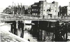 De zo genaamde Kippebrug,verbinding Industrieweg<havenplein, Stationsweg.