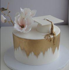 Graduation Cake Designs, College Graduation Cakes, Graduation Party Desserts, Graduation Party Planning, Graduation Celebration, Creative Birthday Cakes, Beautiful Birthday Cakes, Party Decoration, Girl Cakes