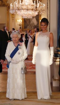 Fashion Notes: Melania Trump Is the Crown Jewel in Dior Haute Couture for U. State Dinner - Fashion Notes: Melania Trump Is the Crown Jewel in Dior Haute Couture for U. Donald And Melania Trump, First Lady Melania Trump, Donald Trump, Milania Trump Style, Trump Is My President, Elisabeth Ii, Her Majesty The Queen, Dior Haute Couture, Queen Elizabeth