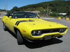 1971 Plymouth GTX convertible - 440 six pack! Plymouth Muscle Cars, Dodge Muscle Cars, Plymouth Satellite, Plymouth Gtx, Look Retro, Garage, All Cars, Modified Cars, American Muscle Cars
