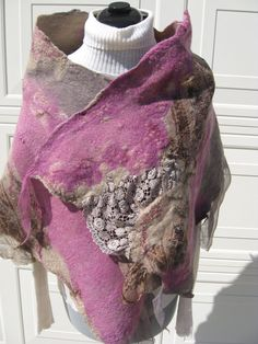 OOAK  felting scarf  brown  pink with lace  von MyFeltedFantasy