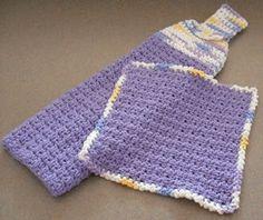 Hanging towel and matching dishcloth, free patterns by Tiffany of Peanutzmom's Pattern Place  . . . .   ღTrish W ~ http://www.pinterest.com/trishw/  . . . .    #crochet