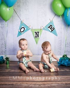 Twin boys cake smash session
